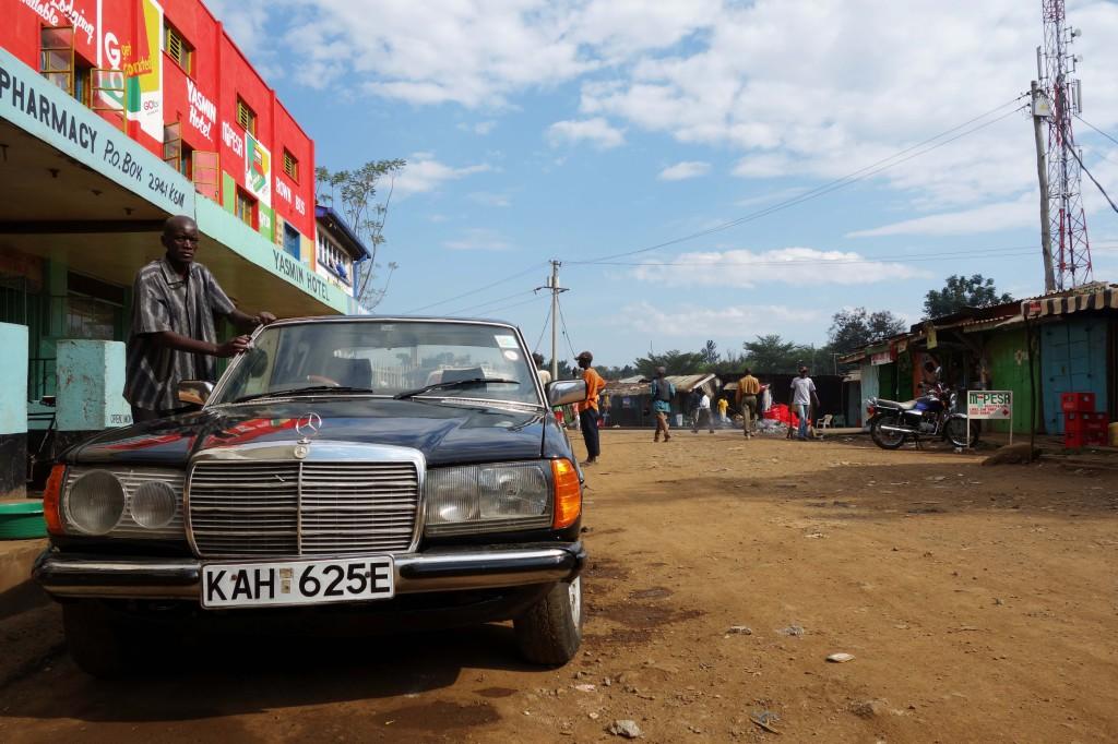 Kenya / Kisumu / Car Wash